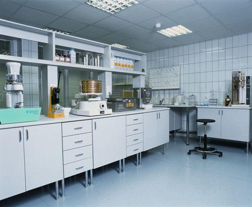 laborat