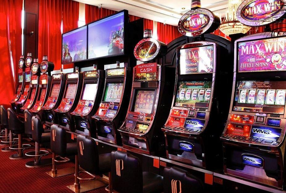 Казино онлайн слоты рейтинг игровые автоматы с выигрышем в виде мягкой игрушки лицензирование