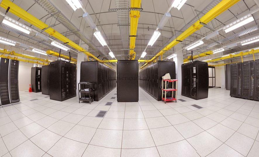 Серверная комната с датчиками температуры